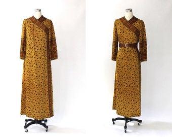 1970s Treacy Lowe Indian Cotton Caftan Dress // 70s Vintage Earth Tone Floral Ethnic Kaftan // Small