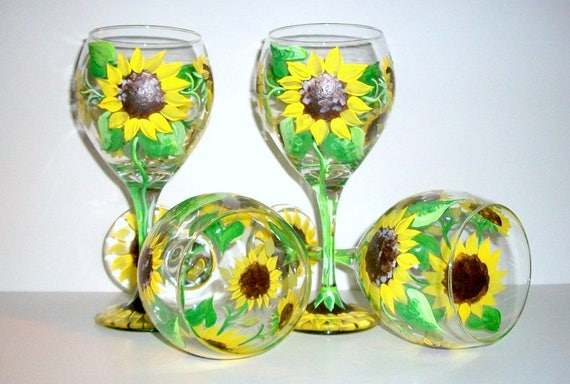 Yellow Sunflowers Hand Painted Wine Glasses Brides Maids Gifts Set of 4 - 20 oz. Goblets Summer Glassware Flowers Bachelorette Party Wedding