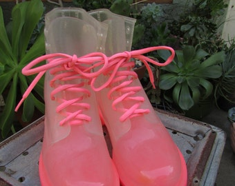 clear plastic hot pink ombre rainboot club kid size 10/11