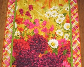 Floral Wall Hanging Dahlias, quilted, handmade, fabric from Timeless Treasures by Chong-A Hwang