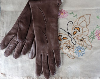 Vintage Italian Gloves Brown Leather Long Length Lined with Soft White Knit by W. P. L. Size 6 2 from the 1940's with New Tag Filene's