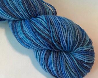 STAPLE Superwash merino worsted yarn, Water