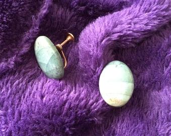 Jade screwback vtg 50s earrings no flaws