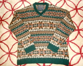 Vintage 1990s ABERCROMBIE & FITCH men's green wool snowflake sweater, size XL
