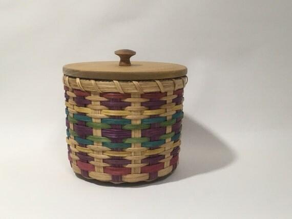 Lidded Toilet Paper Basket Storage Basket Canister