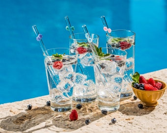 Hummingbird Glass Straws Happy Bubbles Party - 4 Pack With Cleaning Brush - Perfect for Smoothies, Hot Tea, Water, Essential Oils