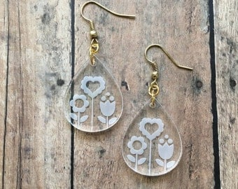 Spring flower dangle earrings