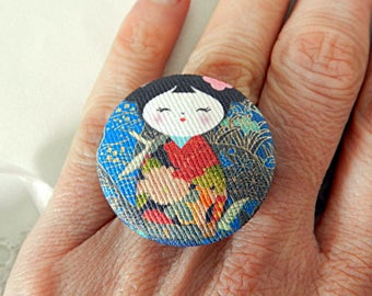 Adjustable Japanese doll motif fabric ring