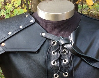 Mercenary shoulder textured leather armor viking celtic knight