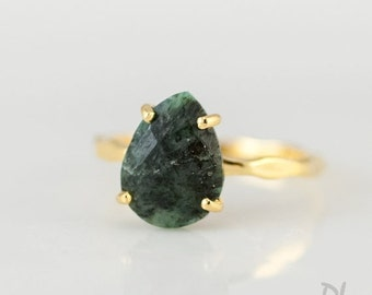 40 OFF - Green Raw Emerald Ring - May Birthstone Ring - Gemstone Ring - Stacking Ring - Gold Ring - Tear Drop Ring - Prong Set Ring