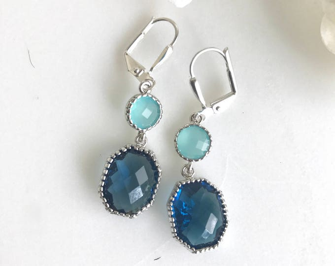 Sapphire Blue and Aqua Dangle Earrings in Silver.  Dangle Earrings.  Drop Earrings. Wedding Jewelry. Silver Earrings. Gift.