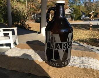 Custom engraved growler, personalized initial engraved beer growler, wedding groomsman gift, wedding gift, groomsmen gift, Initial growler
