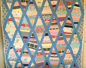 Antique Vintage DIAMOND PATCH Quilt SPECTACULAR 1950's Fabric Feedsack back