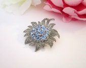 Flower Brooch, vintage, blue flower brooch, wedding gift, mothers brooch, timelesspeony