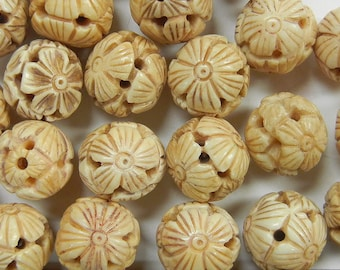 14mm round, hand carved flowers chinese motif , bone beads, one piece,  (CBB-8)