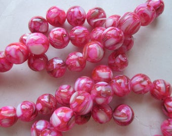 Pink and White Mother of Pearl Shell and Resin Beads 12mm 14 Beads