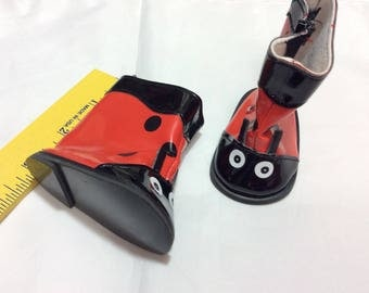 Lady bug rainboots, doll shoes, fit American Girl, doll clothes