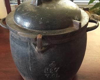 Antique Cast Iron Pressure Cooker Crown Symbol No 7 Vintage 7.6 L Enameled 1940s