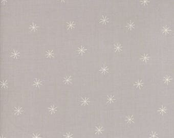 Merrily Snowy Stars in Chill Grey,  Gingiber, 100% Cotton, Moda Fabrics, 48213 25