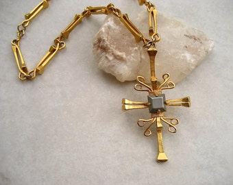 Vintage Castlecliff Necklace Horseshoe Nail Cross Pendant