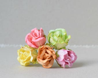 18  mm   / 5  Mixed Colors of  Paper  Rosebuds