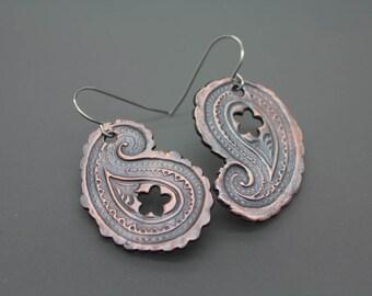 paisley earrings|paisley jewelry|copper paisley|bronze paisley|silver paisley|copper earring|bronze earring|paisley print