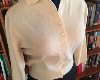 CREAMY CUTIE--Adorable 1950s Virgin Wool and Angora Button Up Collared Cardigan in Cream--S,M