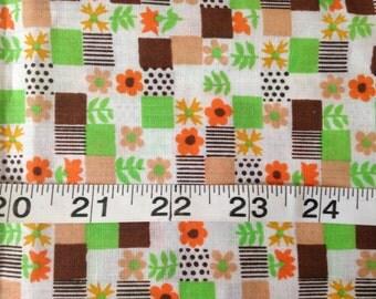 1960's 1970's Kitschy Daisy Cotton Fabric / Fat Quarter Scrap Piece / avocado marigold brown / 70's kitchen material