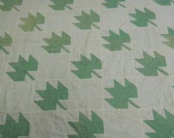 """Vintage quilt top maple leaf in green and white  alternating with white blocks 82"""" x 91"""" machine pieced triple borders cotton fabrics 1940's"""
