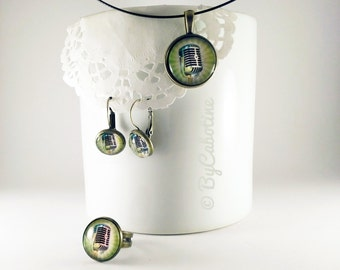 """Set """"Micro"""": a ring, earrings and necklace. Support in bronze, illustration printed and placed under glass globe and held by resin."""