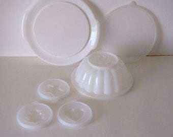 Vintage Retro Tupperware Jello Molds