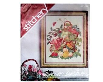 Vintage Spinnerin Crewel Embroidery Kit Basket of Fruit No ST1044