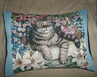 TIGER CAT TAPESTRY Travel/Accent/Lumbar pillow cover