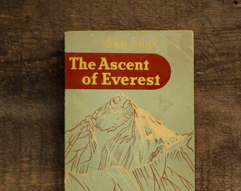 Vintage mountaineering adventure book The Ascent of Everest by Brigadier Sir John Hunt vintage 1950s paperback book