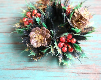 Holly and Berries Holiday Candle Ring, Vintage Christmas Decoration, Vintage Holiday, Christmas Decor, Candle Ring