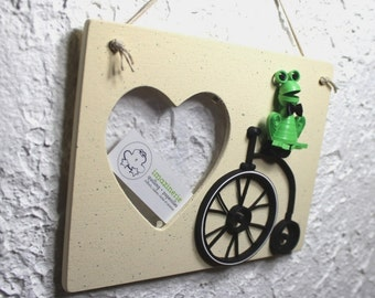 Quilled frame/decorative frame/photo framing/quilled bicycle/quilled 3D frog/frame/home décor