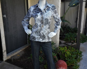 Vintage 1970's Limited Edition by Ship 'n Shore Black & White Print Blouse - Size 4