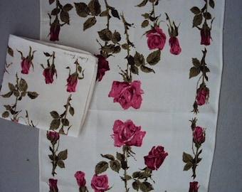 Pair of Vtg. Unused Luther Travis Tea Towels, Rosebuds