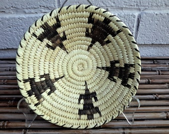 Native American Basket Tohono O'odham Gila Monster Lizard Effigy Hand Crafted Woven Basket Bowl Yucca Devils Claw Southwest Living