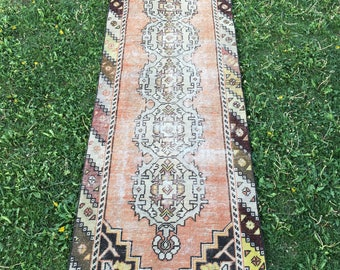 "Vintage Home Decor Low Pile Turkish OUSHAK Runner Rug,Soft Pastel Colors Semi Antique Tribal Hallway Rug,Kitchen Rug,Muted Runner 2'10""x8'6"""