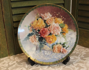 Old Fashioned Grace from Vieonne Morley's Romantic Roses Collection Plate