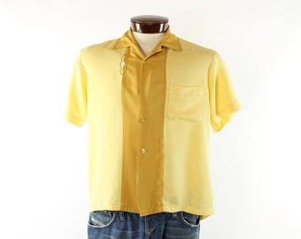 Vintage 50s Button Up Shirt Yellow Rayon Short Sleeves Embroidered 1950s Atomic Rockabilly Mens Medium M Bowling Pilgrim