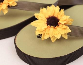 GAP platform flip flops // sunflowers // size 8.5/9