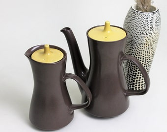 Poole Pottery Twintone Sweetcorn and Brazil Coffee Pot Set