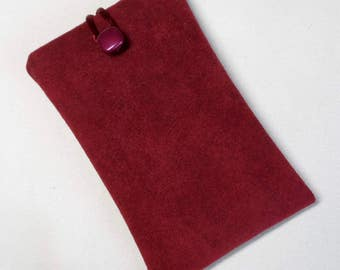 Handmade iPod nano 7th and 8th generation pouch. Burgundy faux suede.