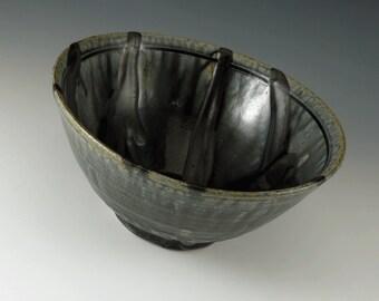 Pottery Serving Bowl, Large Ceramic Bowl, Stoneware Bowl, Salad Bowl, Decorative Bowl, Dinnerware, Black Bowl, Seconds, B105