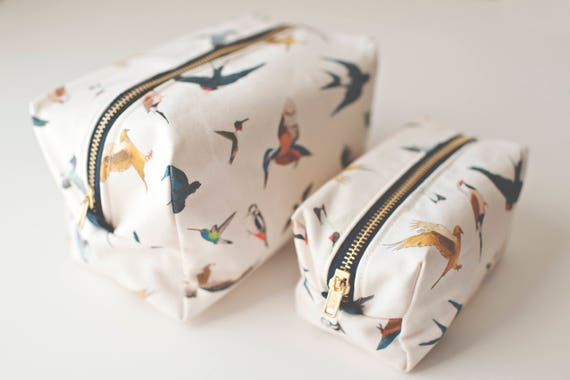 Bird travel gift set Box pouch gift set Toiletry bag Cosmetic bag Gifts for her Travel essentials Resort travel Bird Lovers Bird art