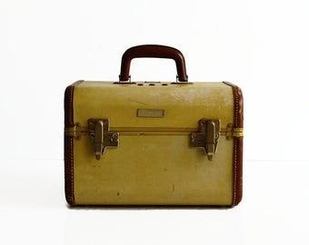 vintage Samsonite train makeup case 1930s travel luggage