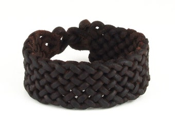 Special braided leather bracelet with toggle closure (SZA02)