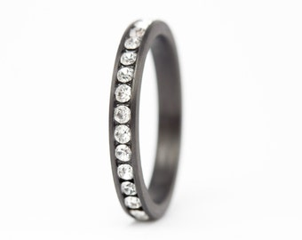 Women's carbon fiber eternity ring. Engagement ring with Swarovski crystals. Valentine's Day. (00117_3S)